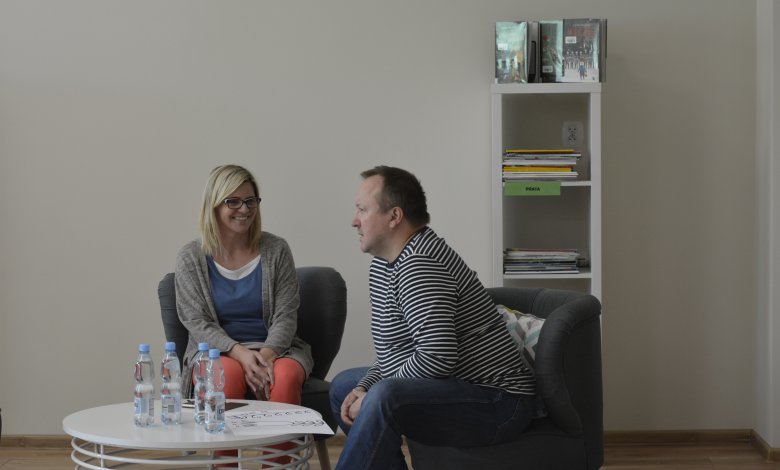 """Wywiad z panem Piotrem Sochą, autorem książek """"Pszczoły"""" i """"Drzewa"""""""