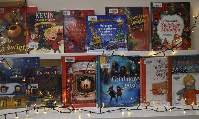 Zapraszamy do wypożyczania książek w świątecznym klimacie